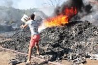 ORTAKENT - Geri Dönüşüm Merkezi Cayır Cayır Yandı