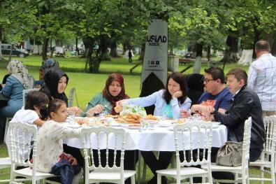 MÜSİAD Üyeleri Aileleri İle Kahvaltıda Bir Araya Geldi
