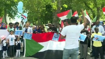 Sudanlılar'dan Darbe Protestosu