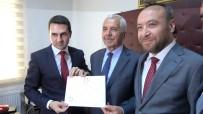 AK Parti'li Başkan Dede Yıldırım Mazbatasını Aldı