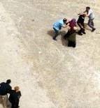 FATIH SULTAN MEHMET - Sokak ortasında dehşet anları kamerada!