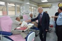 DÜ Başhekimi Kadiroğlu'dan Hastalara Bayram Ziyareti