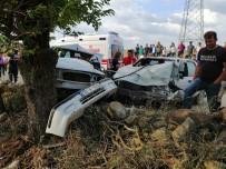 İki Araç Çarpıştı Açıklaması 1 Ölü, 7 Yaralı