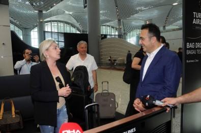 İlker Aycı'dan İstanbul Havalimanı Personeli Ve Yolcularına Bayram Ziyareti
