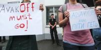 İSTİFA - Ukraynalı Polisler 5 Yaşındaki Çocuğu Öldürmek Suçundan Hakim Karşısında