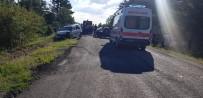 MURAT ASLAN - Gediz'de Trafik Kazası Açıklaması8 Yaralı