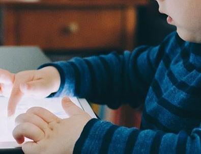 Sosyal Medyada Çocukları Etkileyebilecek 128 İçeriğe Müdahale