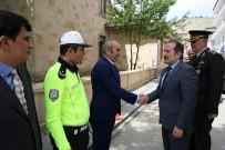 Vali Pehlivan, Emniyet Teşkilatı Personeliyle Bayramlaştı