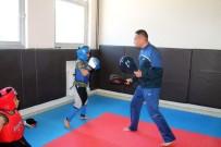 Kadınlar İçin En Uygun Savunma Sporu Wushu (Kung Fu) Sanda