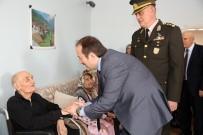 Vali Pehlivan Huzurevinde Kalan Yaşlılarla Bayramlaştı