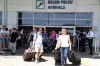 ATATÜRK EVİ - Antalya, bayramda 400 bin turist ağırladı