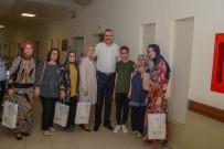 ALI ÖZKAN - Özkan, Ramazan Bayramında Hastaları Unutmadı