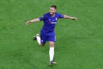 EURO - Real Madrid, Eden Hazard'ı Renklerine Bağladı