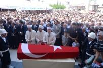 Antalya'da Hayatını Kaybeden CHP'li Vekil Denizli'de Toprağa Verildi