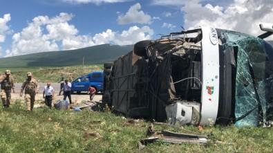 Ardahan'da Yolcu Otobüsü Devrildi Açıklaması 1 Ağır 6 Yaralı