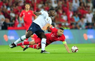 Türkiye, Fransa'yı 2-0'la geçti!