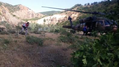Kaya Parçası Üzerine Düşen Şahıs, Askeri Helikopterle Kurtarıldı
