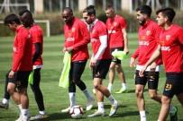 İSTIKBAL MOBILYA - Kayserispor'da 9 Ülkeden Futbolcu Oynadı