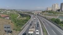 HEREKE - Kocaeli'de Dönüş Yoğunluğu Trafiği Kilitledi