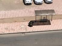 FÜNYE - Otobüs Durağına Bırakılan Şüpheli Çanta Fünye İle Patlatıldı