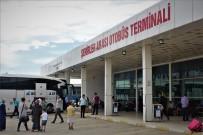 UÇAK BİLETİ - Van'a Gelen Tatilcilerin Bayram Dönüşü Yoğunluğu Başladı