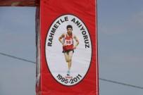 MARATON - Ölen Oğlu Anısına Düzenlediği Geleneksel Koşu Yarışmasına 350 Sporcu Katıldı