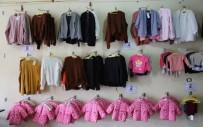 Yok Artık - Türk Kızılayı'nın Giydirdiği Bebek Hava Bombardımanında Yaşamını Yitirdi