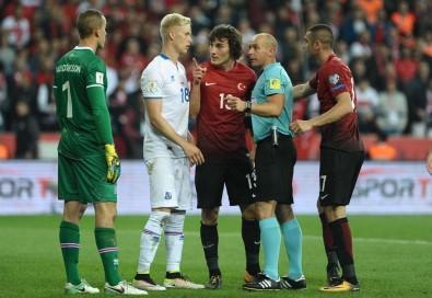 İzlanda Türkiye maçının hakemi belli oldu