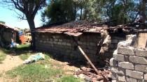 Burdur'da Evi Yanan Aileye Yardım Eli Uzandı