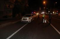 Yaya Çarpan Otomobil Olay Yerinden Kaçtı Açıklaması 1 Ağır Yaralı