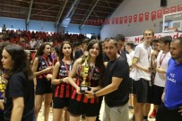 Basketbolda Turgutlu Belediyespor Rüzgarı Esti