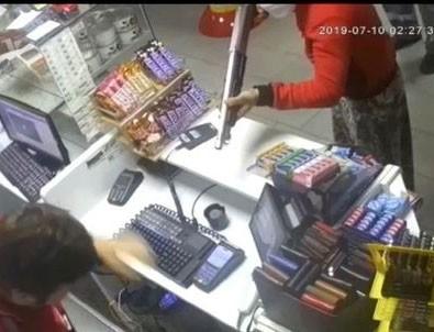 Tuzla'da etek giyip akaryakıt istasyonu soydular