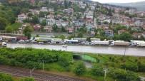 Kaza TEM Otoyolu Ankara İstikametini Kilitledi
