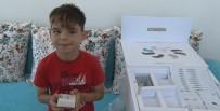 İŞİTME ENGELLİ - Minik Emircan'ın 'İşitme Cihazı' Mutluluğu