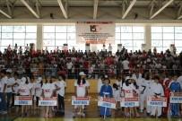 İŞİTME ENGELLİ - Diyarbakır'da 30 Branşta Yaz Spor Kursları Açıldı