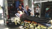 Komşular Arası Sopalı Kavga Açıklaması 1'İ Kadın 3 Yaralı