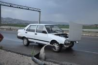 Sivas'ta Trafik Kazası Açıklaması 3 Yaralı