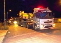 Suriye Sınırına İş Makinesi Sevkıyatı