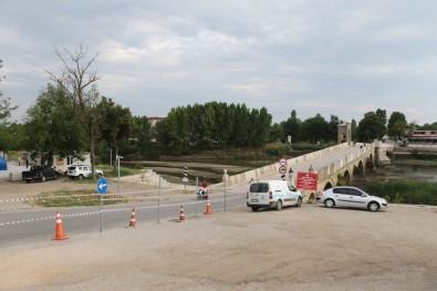 Tarihi Tunca Köprüsü için flaş karar