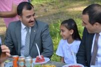 TÜRKER ÖKSÜZ - Vali Öksüz, Çocuklarla Fidan Dikti, Piknik Yaptı