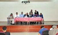 MUSTAFA YAŞAR - Başkan Sekmen, Pasinler'de Muhtarlarla Bir Araya Geldi