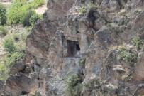 DENIZ PIŞKIN - Definecilerin Talan Ettiği Gavur Dağı'nda Arkeolojik Kazı Yapılacak