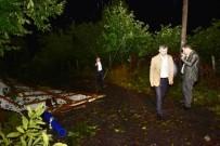 ŞİDDETLİ FIRTINA - Şiddetli Fırtına Evlerin Çatılarını Uçurdu