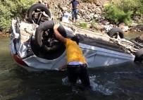 Otomobil Çaya Uçtu Açıklaması 1 Ölü, 2 Yaralı