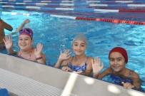 Aliağa Gençlik Merkezinde Yüzme Kursları Başladı