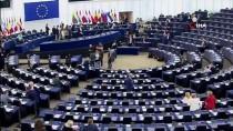 AVRUPA KOMISYONU - Avrupa Komisyonu Başkan Adayı Leyen Vaatlerini Sıraladı