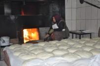 Ekmeklerine Ekmekten Çıkartıyorlar