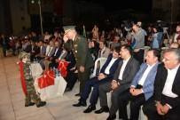 Minik Çocuk Asker Üniformasıyla Paşaya Selam Durdu