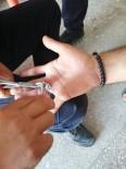 Parmağa Sıkışan Yüzüğü İtfaiye Ekipleri Çıkardı