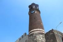 Saat Kulesi Kale Mescidinin Minaresi Olarak İnşa Edildi